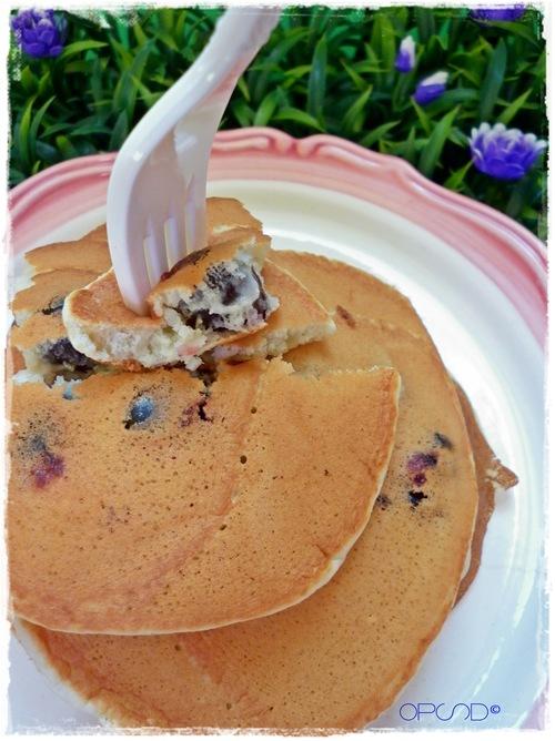 Pancake al cardamomo e amarene