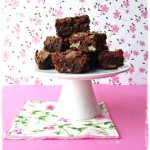 Brownies cioccolato, noci e amarene - Chocolate brownies sour cherries and walnuts