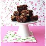 Brownies cioccolato, noci e amarene - Chocolate brownies sour cherries and walnuts