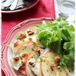 Formaggio Nerina in insalata di mele - Nerina salad with apples and walnuts