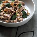 Tagliatelle home made con farina di castagne, gorgonzola e spinacini - Tagliatelle with chestnut flour, gorgonzola and spinach