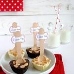 Cuori di cioccolato home made con noccioline salate - Chocolate and peanuts hearts