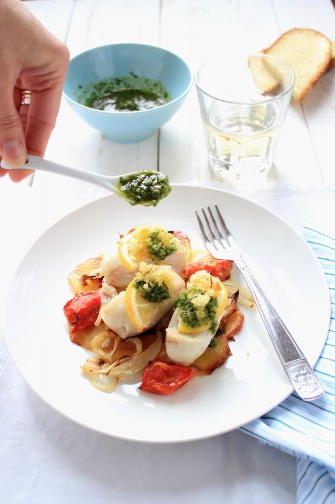 Filetti di nasello con gremolada for Cucinare nasello