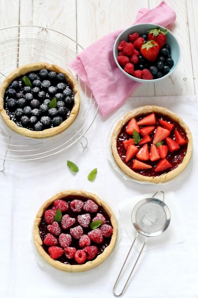 Crostata alle fragole e frutti di bosco