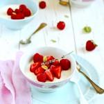 Panna cotta alla lavanda con vaniglia e frutti rossi
