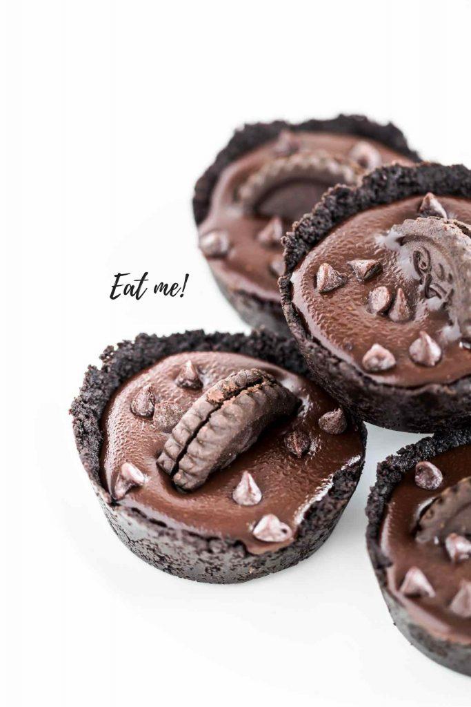 Tortine al cioccolato senza cottura ricetta facile e veloce, Come fare le tortine al cioccolato senza cottura, No-bake chocolate tarts recipe, How to make no-bake chocolate tarts from scratch
