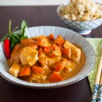 Pollo al curry e riso al cocco - guest post - panang curry and coconut cauliflower rice