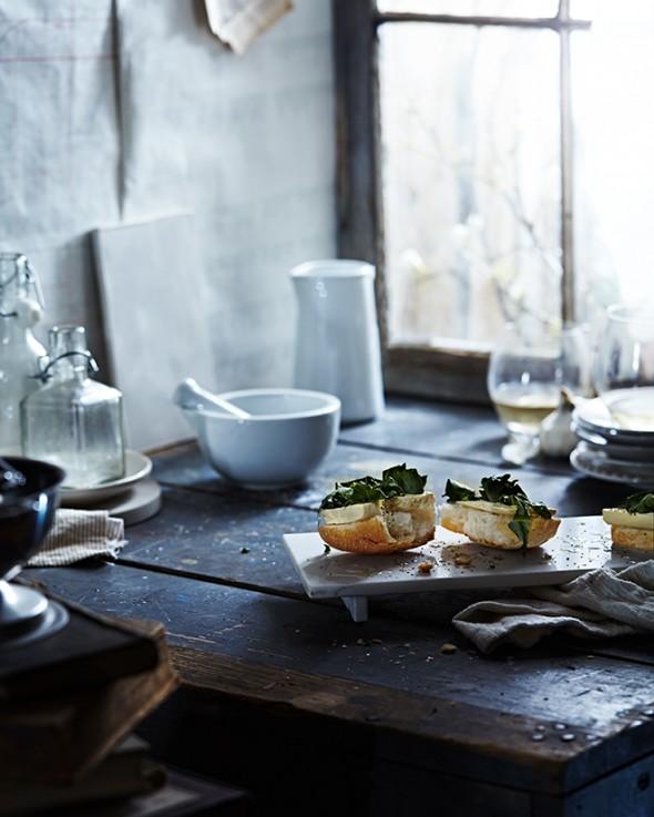 Bruschetta con tofu e verdure all'aglio