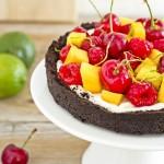 Cheesecake alla frutta senza cottura dal guscio e ripieno insolito - No-Bake fruit and cocoa cheesecake