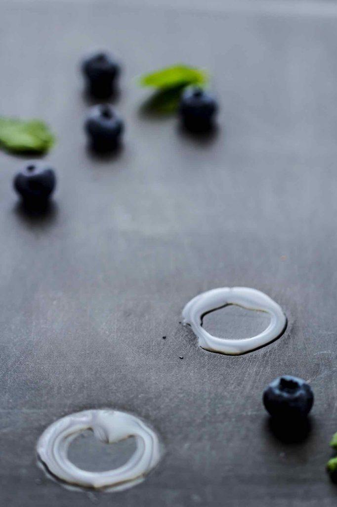 granita ai mirtilli - ricetta granita - blueberry granita - blueberry snow cone - granita recipe - natural snow cone recipe - fruit snow cone recipe - food photography - opsd blog - sonia monagheddu