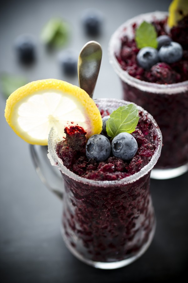granita ai mirtilli - ricetta granita - blueberry granita - granita recipe