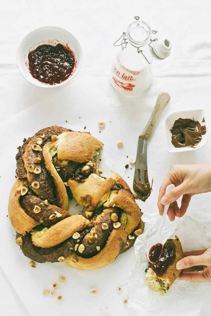 Chocolate, raspberry and hazelnut bread - Treccia alla Nutella - pane - colazione - cioccolato - Chocolate breakfast bread - food photography - food styling - opsd blog - sonia monagheddu