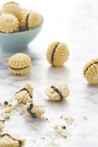 Frollini alla vaniglia e cioccolato - Vanilla and chocolate swirl cookies