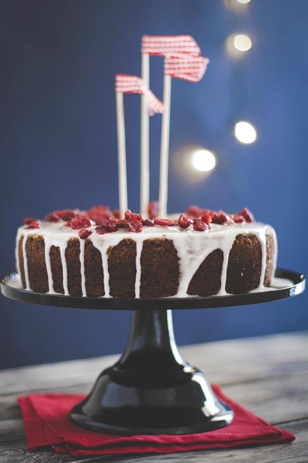torta al cacao e mirtilli rossi