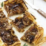 Torta salata di scalogni caramellati - Caramelized shallots tart