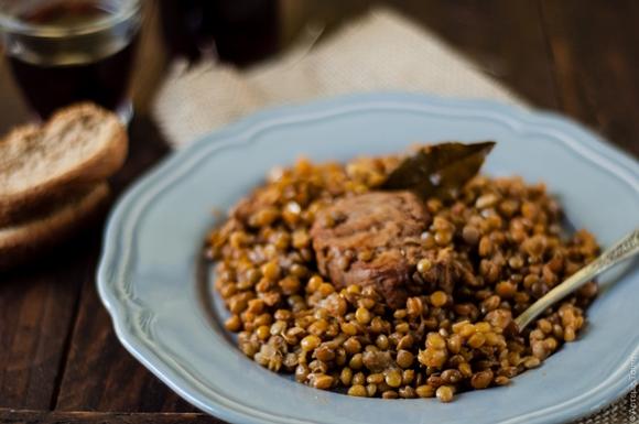 Stufato di maiale con lenticchie