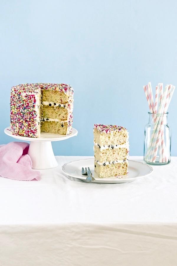 Torta di Carnevale facile e veloce, Ricetta torta di Carnevale, Carnival funfetti cake recipe, Sprinkles cake, Funfetti cake recipe, Carnival sprinkles cake recipe