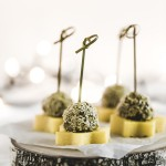 Stelline di polenta, cotechino e lenticchie - Lentils, cotechino and polenta finger food