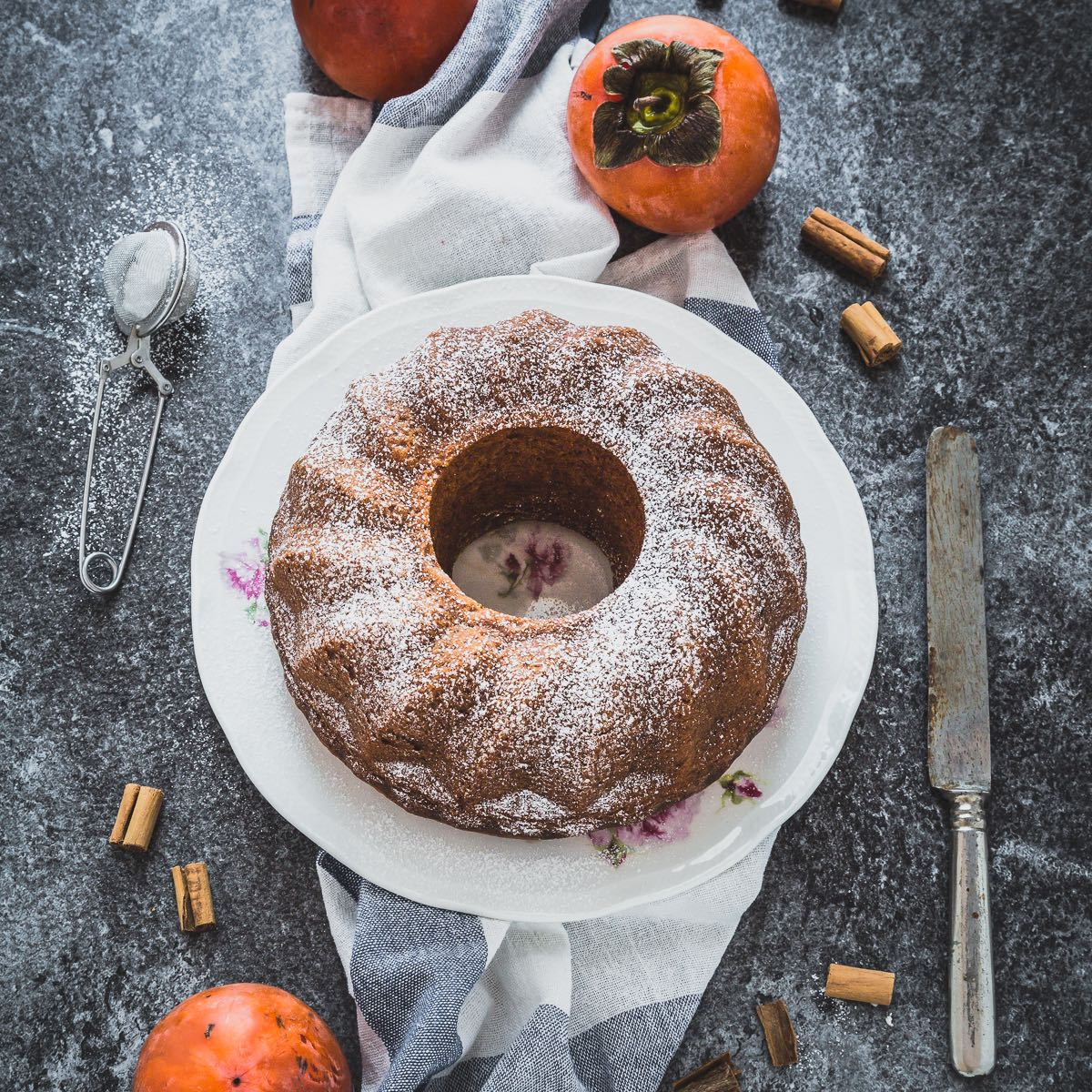Torta ai cachi speziata - Persimmon spice cake