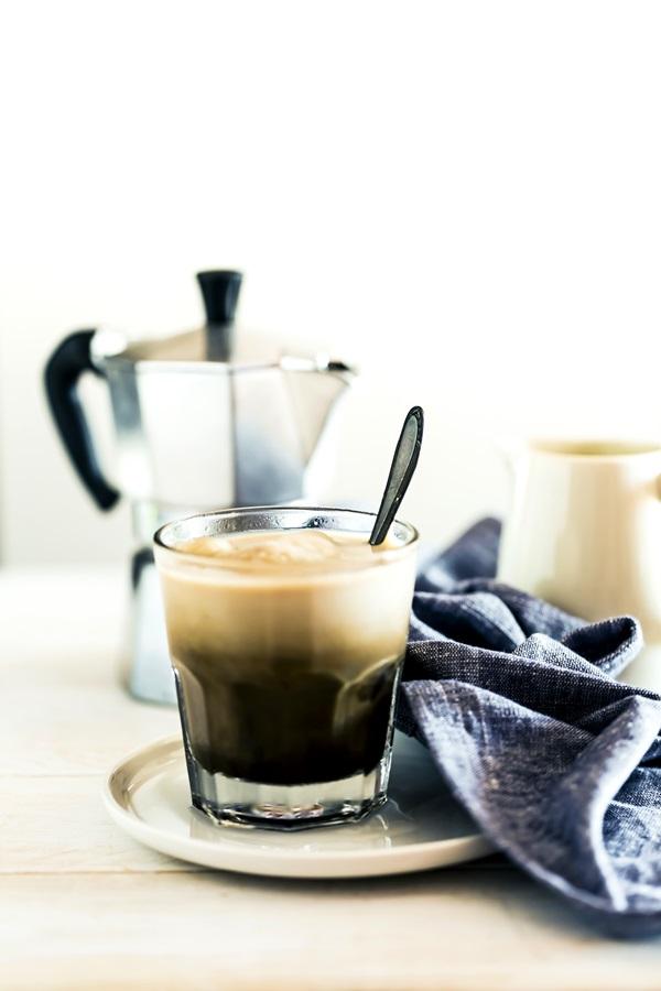 caffe freddo, ricetta caffè freddo, caffè con ghiaccio, caffè freddo al cacao, iced coffe recipe