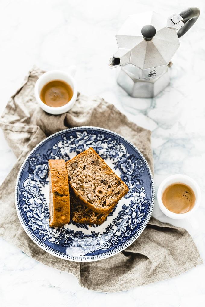 cake alle banane e nocciole - torta alle banane e nocciole - banana bread con nocciole - plumcake banane e nocciole - hazelnut banana cake - banana hazelnut bread - Esselunga