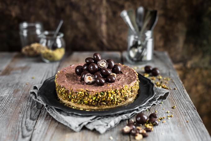 No-bake chocolate hazelnut cheesecake, no-bake chocolate cheesecake recipe, no bake cheesecake, cheesecake al cioccolato e nocciole senza cottura, ricetta cheesecake al cioccolato senza cottura, cheesecake al cioccolato, ricetta cheesecake senza forno