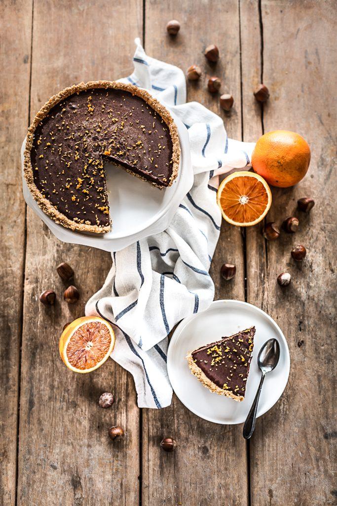 crostata alle nocciole senza uova con ganache al cioccolato all'olio di arancia - crostata alle nocciole - ganache al cioccolato - ganache cioccolato e arancia - crostata cioccolato - chocolate orange tart - orange chocolate tart