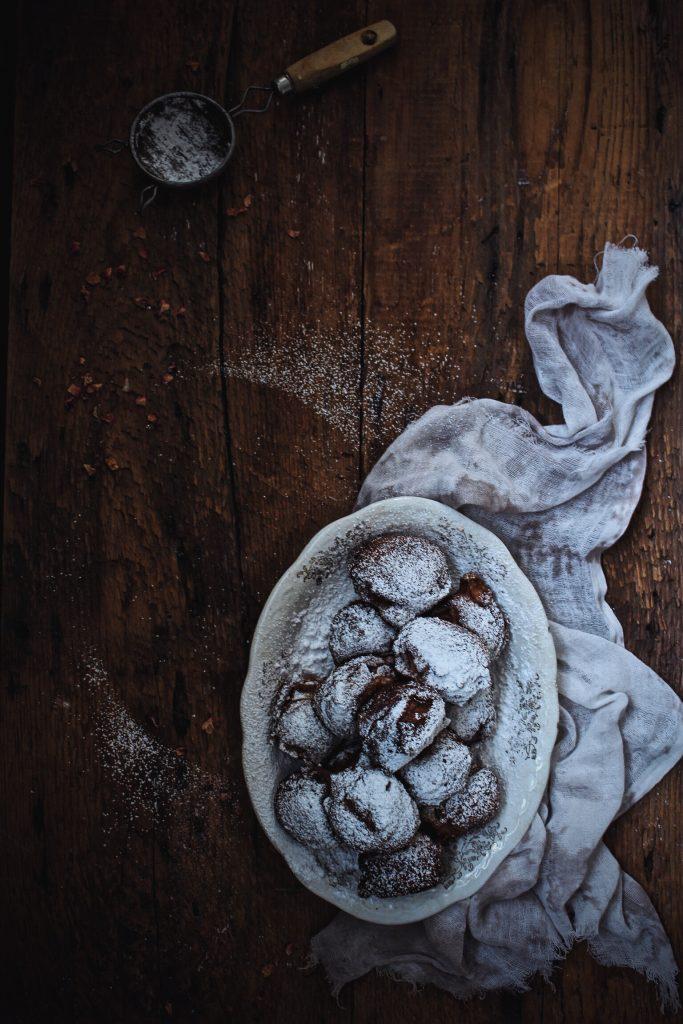 frittelle di mele al caramello salato - frittelle - frittelle di mele - Apple Fritters with Spicy Salted Caramel Sauce - Guest post - Lauren mcDuffie - Harvest and Honey - OPSD blog - apple fritters - caramel sauce - salsa al caramello