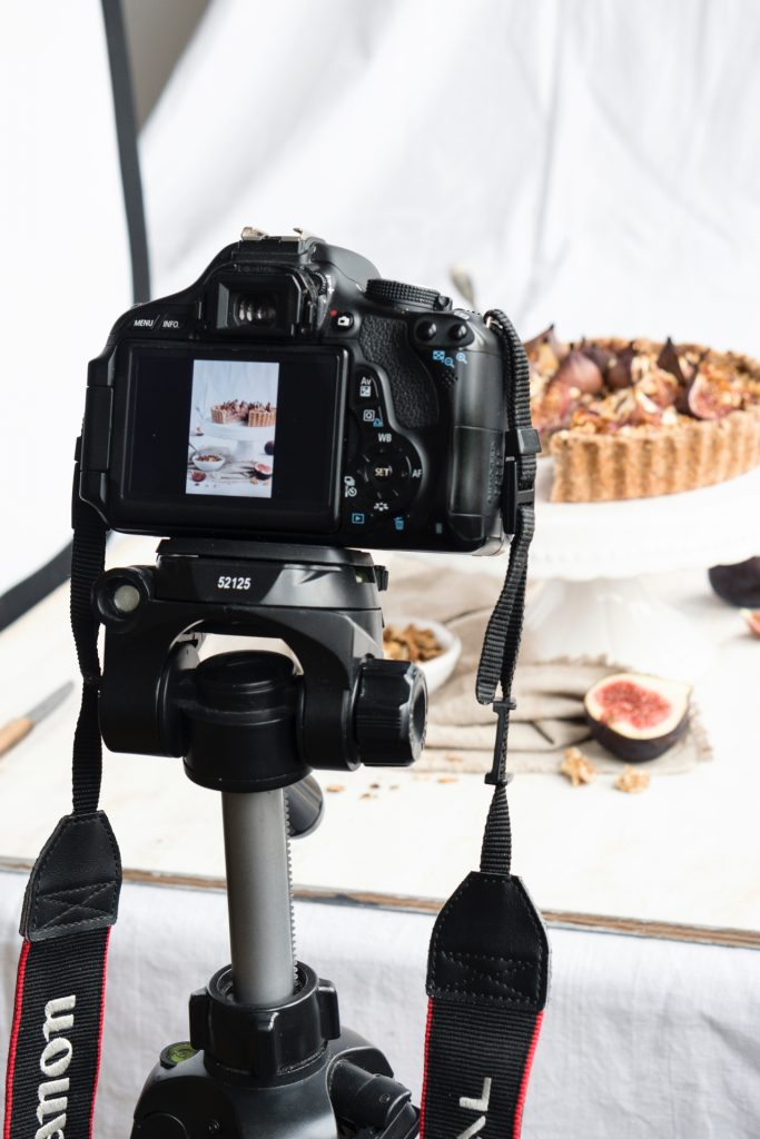 behind the scenes - dietro le quinte - dietro le quinte dei food blog - food photography tutorial - food blog - food blogger - food photography - food styling - guest post - Maras Wunderland blog - OPSD blog
