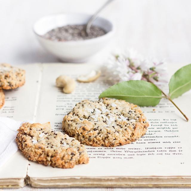 biscotti vegani - ricetta biscotti vegani - biscotti semi di chia - vegan chia cookies - Guest Post OPSD blog