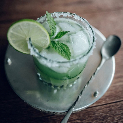 CUCUMBER, MINT & LIME MARGARITA COCKTAIL