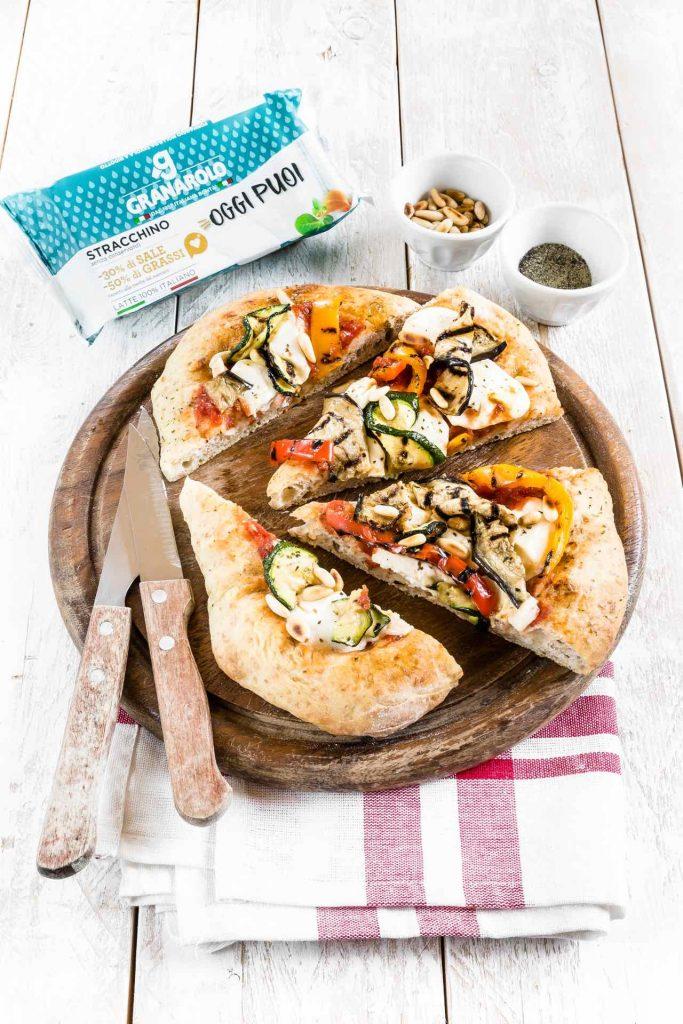Pizza integrale con stracchino e verdure grigliate - Stracchino - Granarolo Oggi Puoi - Alimentazione sana - food photography - food styling - opsd blog - sonia monagheddu