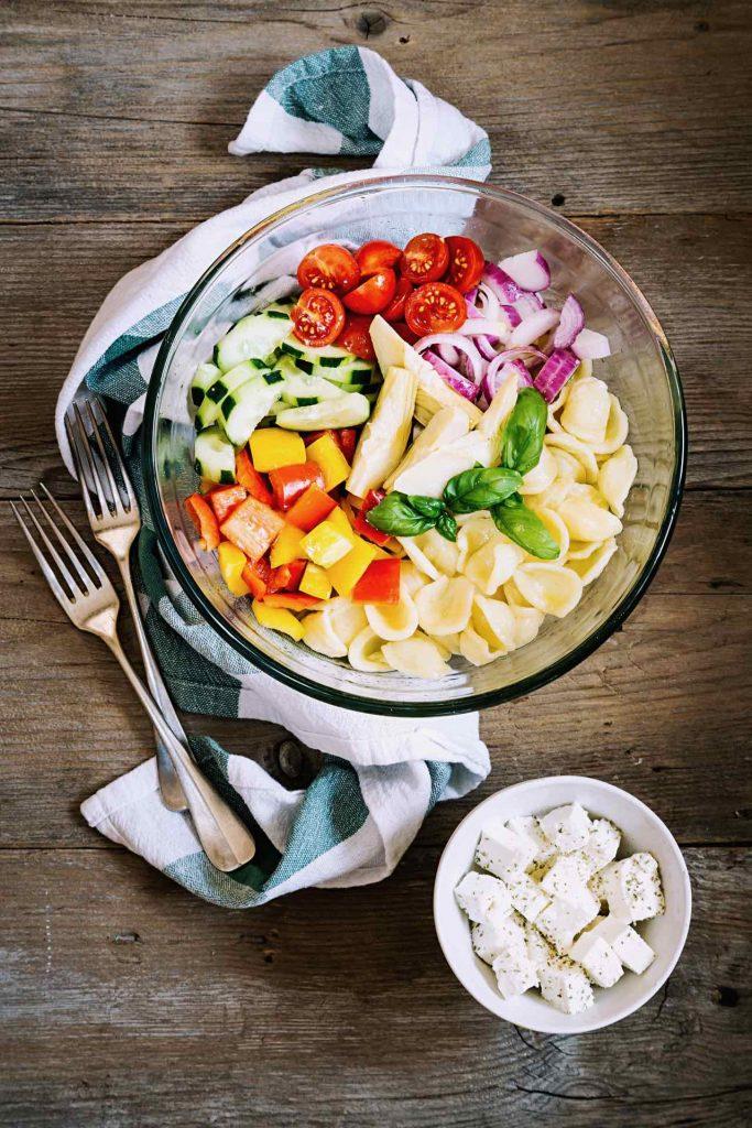 insalata di pasta - pasta fredda - insalata di pasta fredda estiva - pasta fredda con crema olive e capperi - ricetta vegetariana - ricetta facile - ricetta veloce - Crema bio Granarolo 100% Vegetale - Granarolo Vegetale - cold pasta salad recipe - pasta salad recipe - italian recipe - food photography - opsd blog - sonia monagheddu