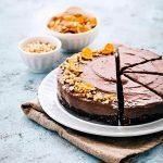 Cheesecake senza cottura - Cheesecake al cacao e nocciole senza cottura, senza lattosio e senza glutine - Cheesecake con Nocciolata - Cheesecake con Nocciolata senza lattosio - Rigoni di Asiago - Cheesecake senza lattosio - Cheesecake senza glutine - Lactose free hazelnut spread cheesecake - Lactose free cheesecake - no bake cheesecake - Gluten free cheesecake - food photography - opsd blog - sonia monagheddu