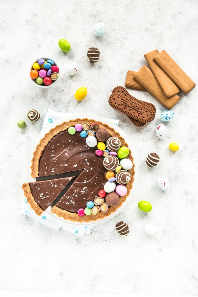 CROSTATA DI BISCOTTI AL CIOCCOLATO E CARAMELLO SALATO - CHOCOLATE SALTED CARAMEL TART RECIPE - FOOD PHOTOGRAPHY - FOOD STYLING - SONIA MONAGHEDDU - OPSD BLOG
