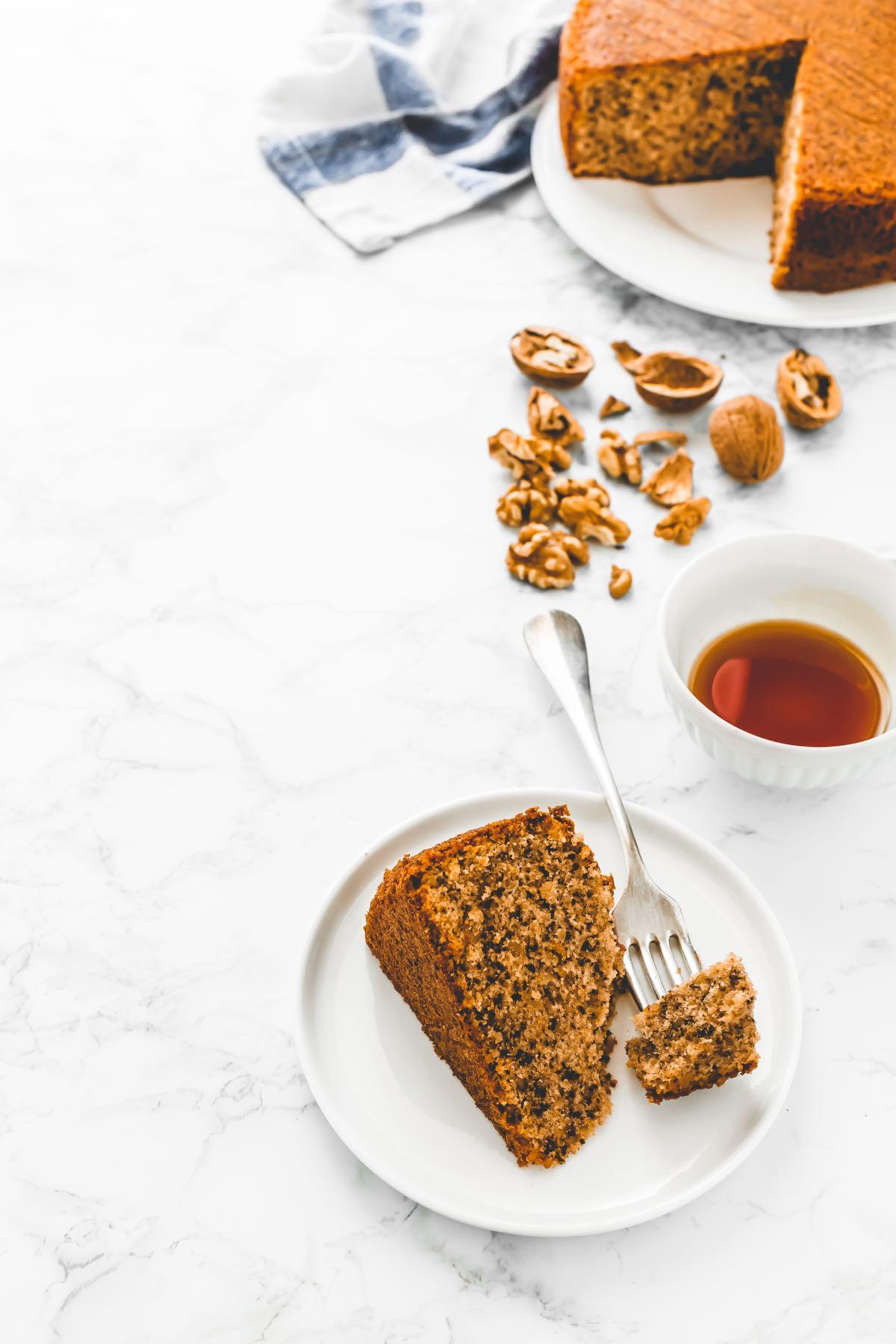 TORTA ALLE NOCI, ricetta facile e veloce - TORTA ALLE NOCI E ARANCE - WALNUT AND ORANGE CAKE - WALNUT CAKE RECIPE