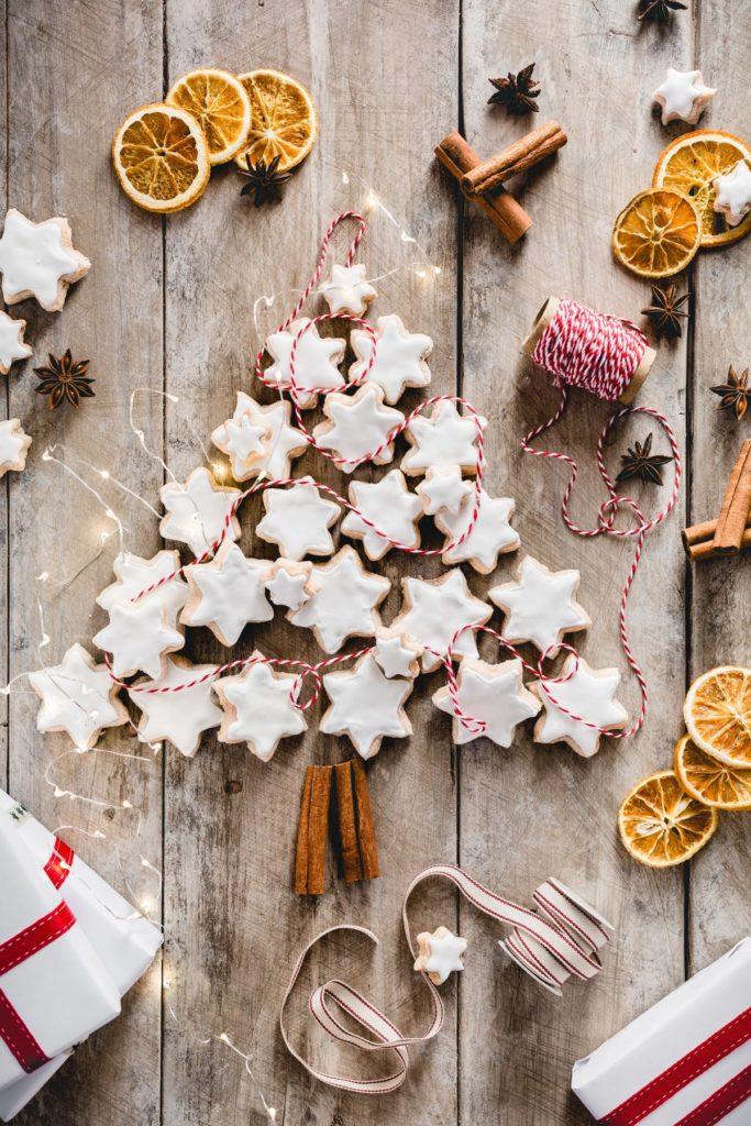 Zimtsterne, biscotti di natale alla cannella, Ricetta biscotti di natale alla cannella, Zimtsterne, Swiss Cinnamon Star Cookies, Cinnamon star cookies recipe